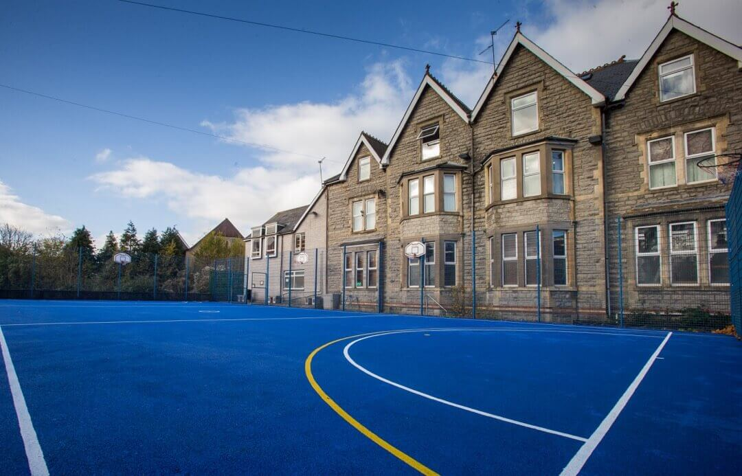 Škola. Westbourne School ve Velké Británii. MSM Academy