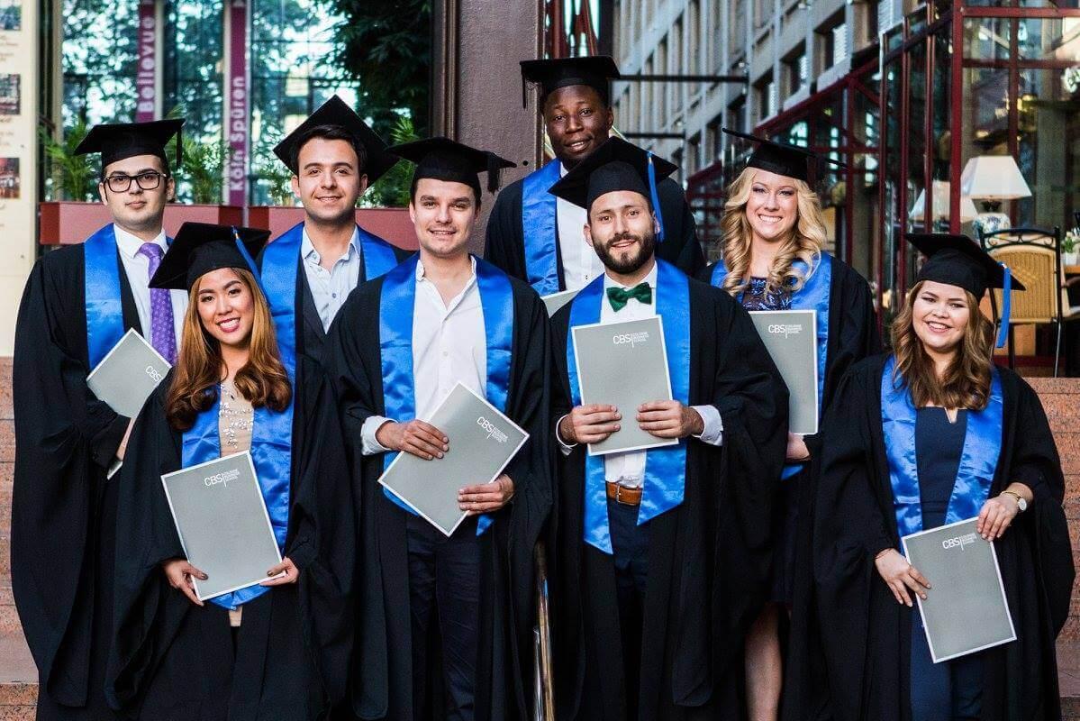 Absolventy. Univerzity v Německu. MSM Academy