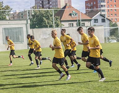 Полугодовая школа футбола в Праге