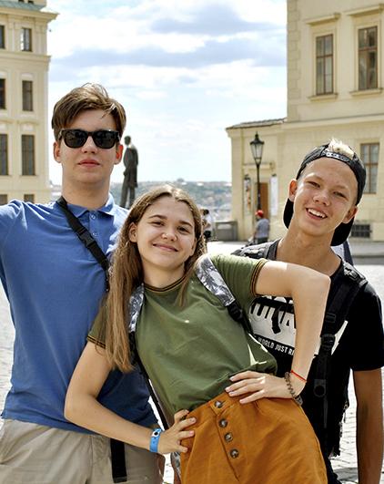 Prazskz hrad-students
